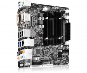 Q1900-ITX3.jpeg